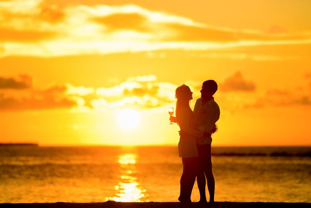 Kata Kata Romantis Buat Pacar yang Paling Tercinta