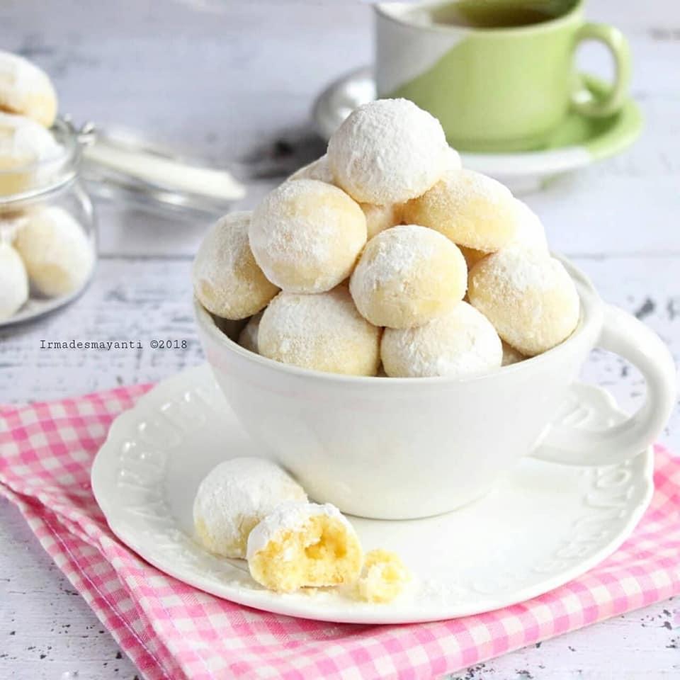 Kue Kering Snowball Cookies