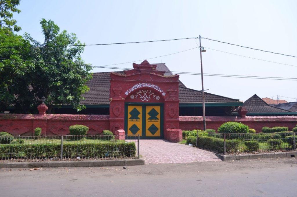 Masjid Agung Sang Cipta Rasa adalah Tempat Wisata di Cirebon