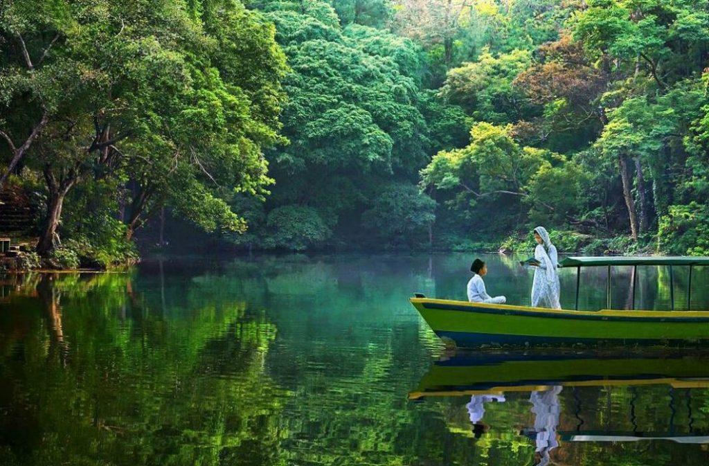 Telaga Remis Cirebon adalah Tempat Wisata di Cirebon